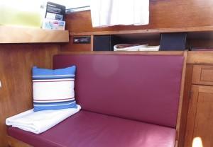 018 kleines Sofa im Salon