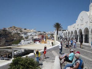10 Santorin IA - Touristenzentrum