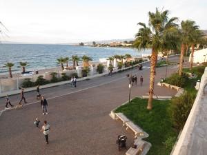 24 Uferpromenade auf verschiedenen Ebenen