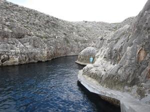 027 von hier startet man mit dem Boot zur  blaue Grotte