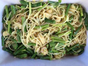 Gemüsespagetti mit Scrimps