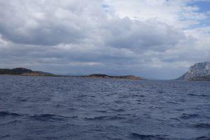 022 Wind und Welle gegenan auf dem Weg nach Olbia
