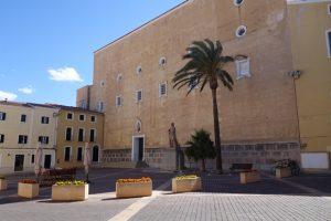 029 Hinterhof des Dom Santa Maria