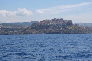 060 von Bonifacio laufen wir Castelsardo
