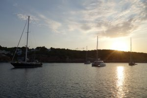 09 Trotz der Hotels eine beschauliche Bucht