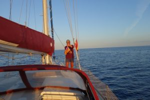 76 Flagge Balearen wird eingeholt