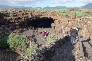 34 Eingang zur Höhle